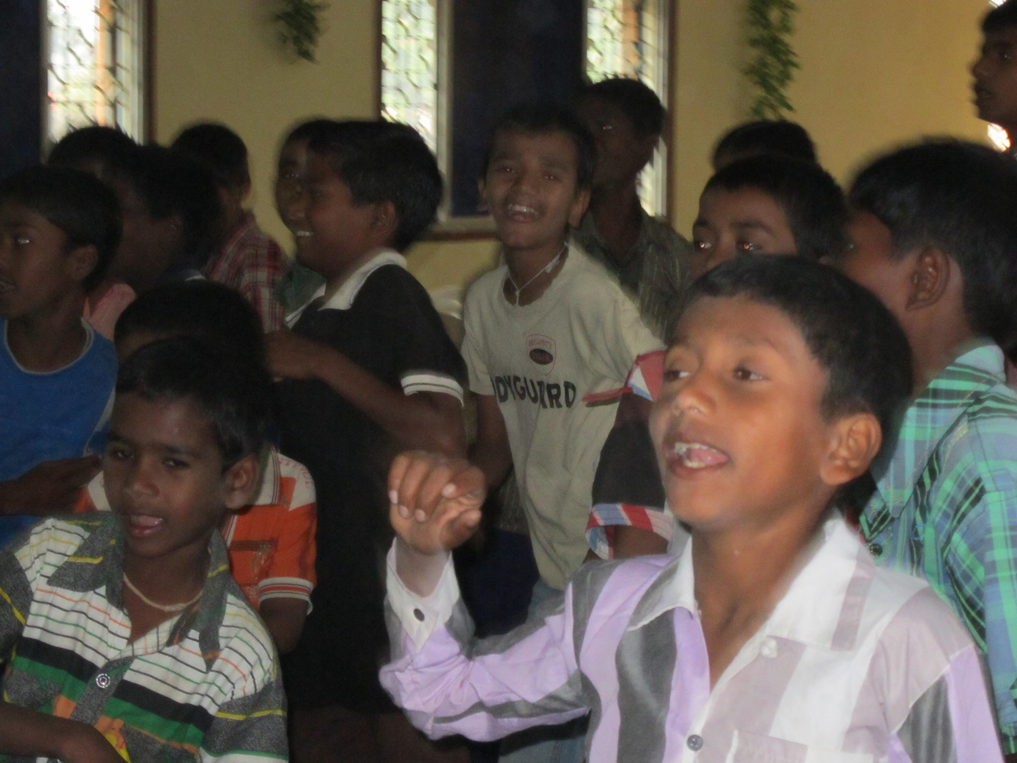 india-orphan-boysjpg